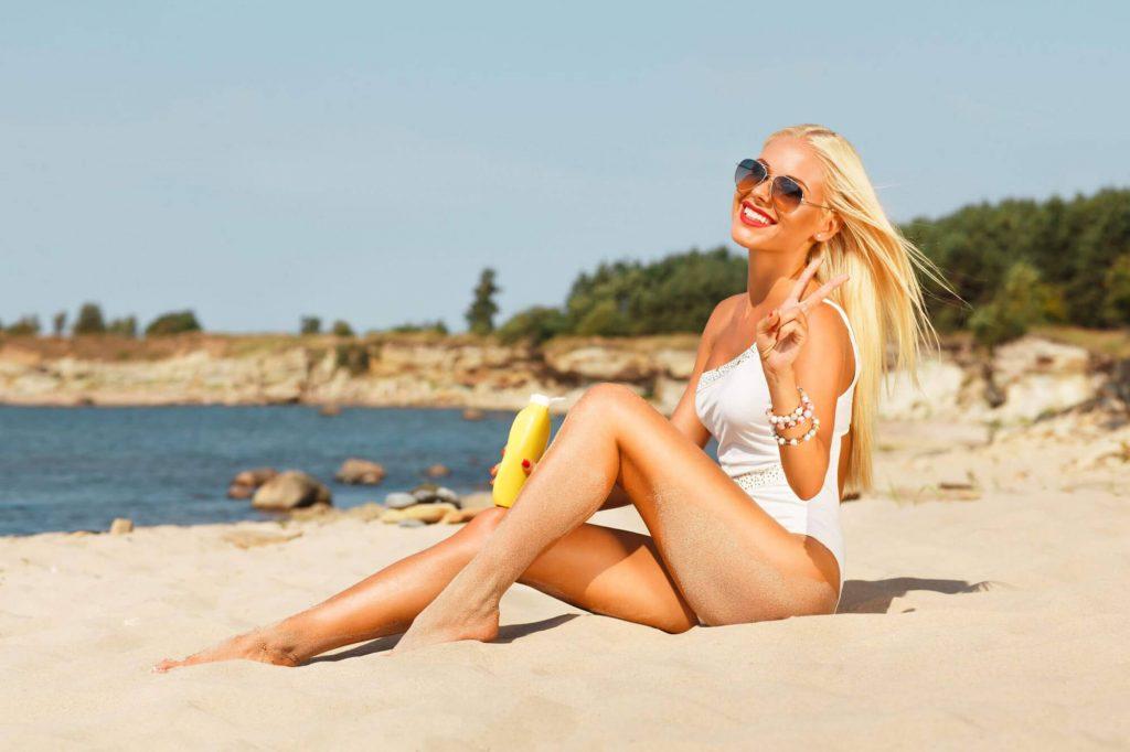 girl-sitting-on-beach